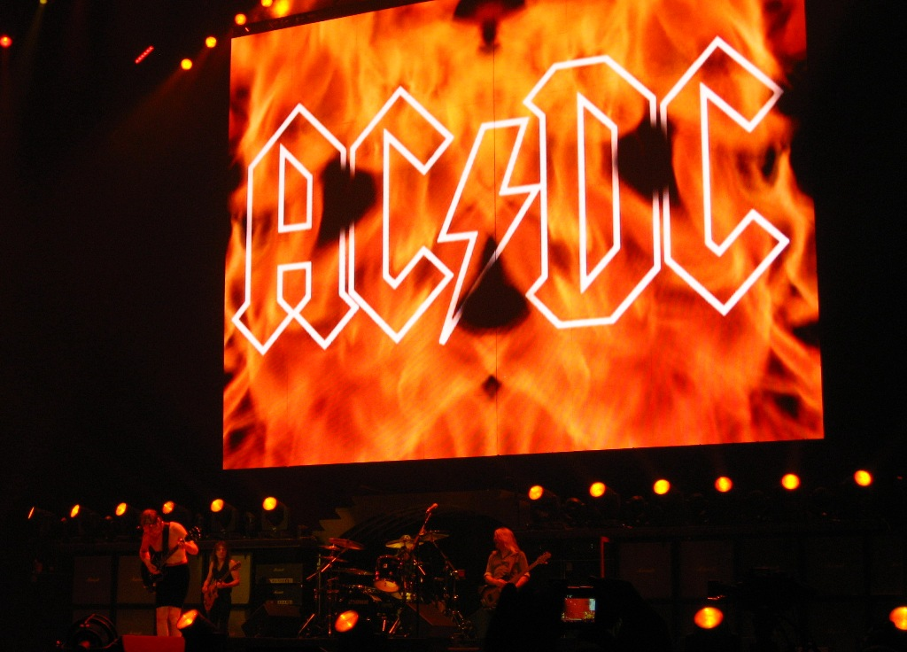 AC/DC, Wachovia Center, Philadelphia, 10/21/09 by  Vladimir