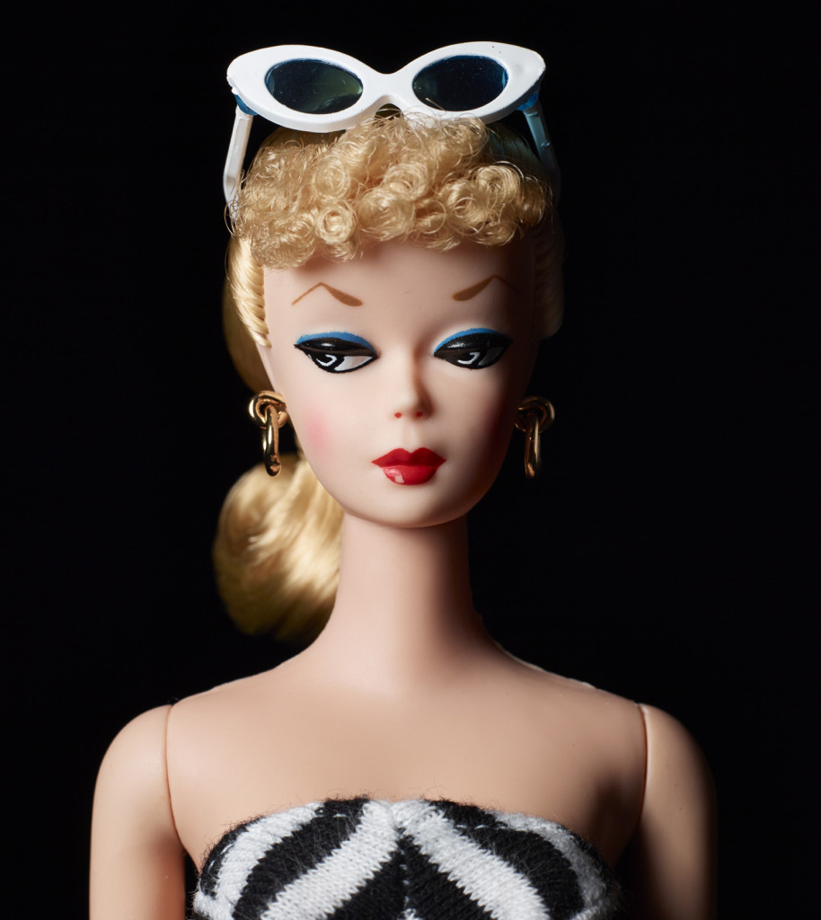 Barbie Millicent Roberts, © Mattel Inc. Teen Age Fashion Model Barbie Doll nella riedizione del 2009 per la linea Collectors