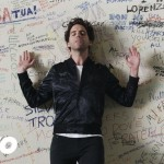 MIKA - Hurts (Remix - Official Video)-2